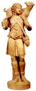 Statuetka Jezusa Dobrego Pasterza znajduje się w każdym atrium. Jej oryginał pochodzi z III wieku i znajduje się obecnie w Museo Pio Cristino w Watykanie.